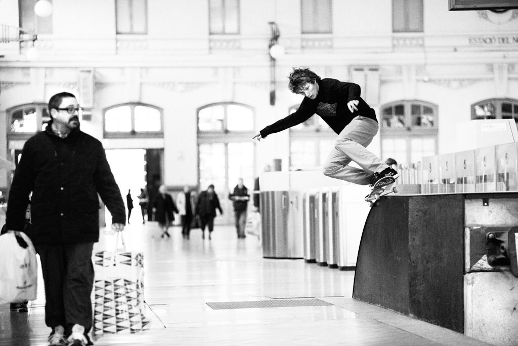 Sylvain_ride_on_5050_Valencia_Henry_Kingsford