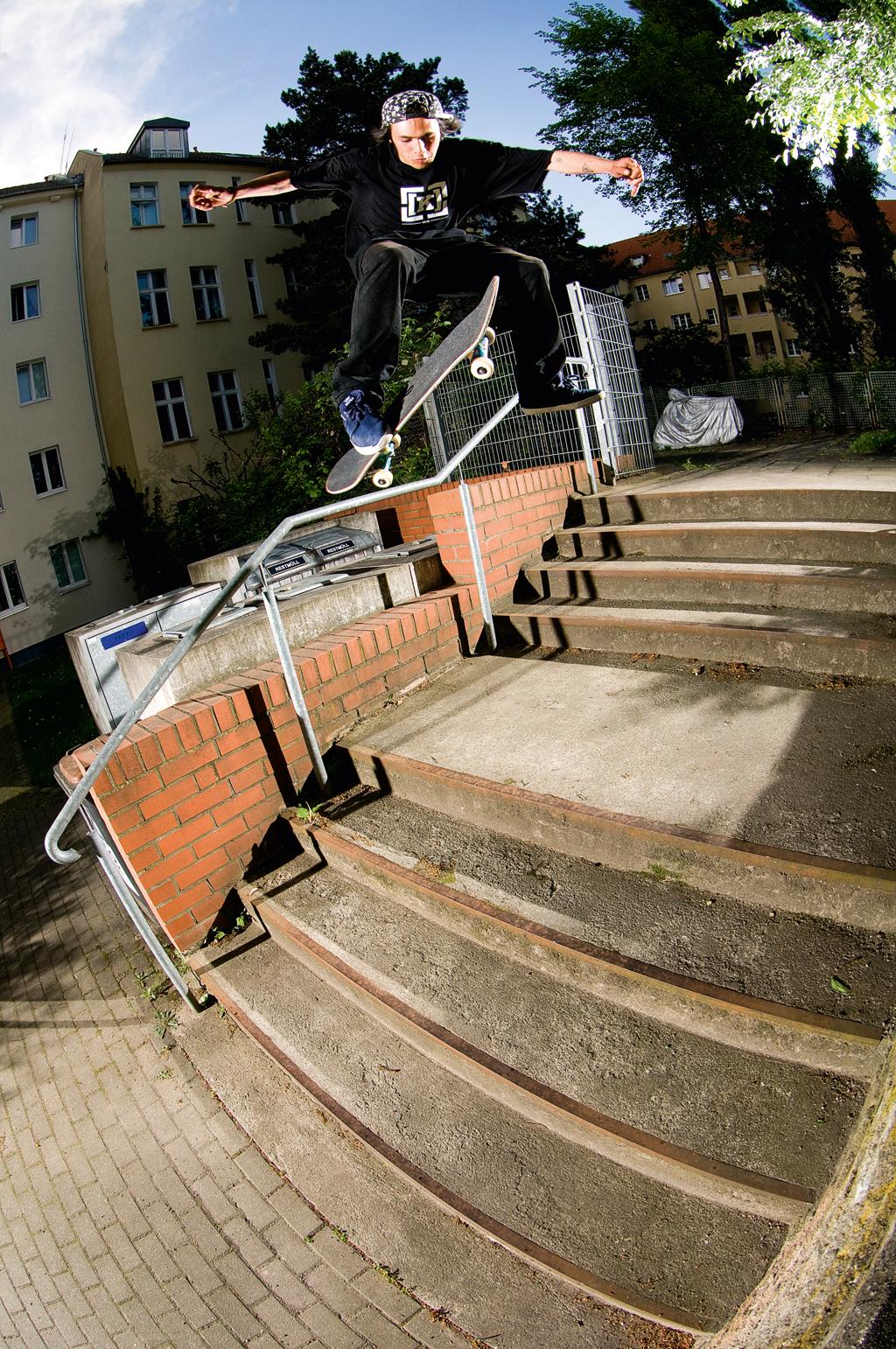 Daniel Ledermann - 360 Flip