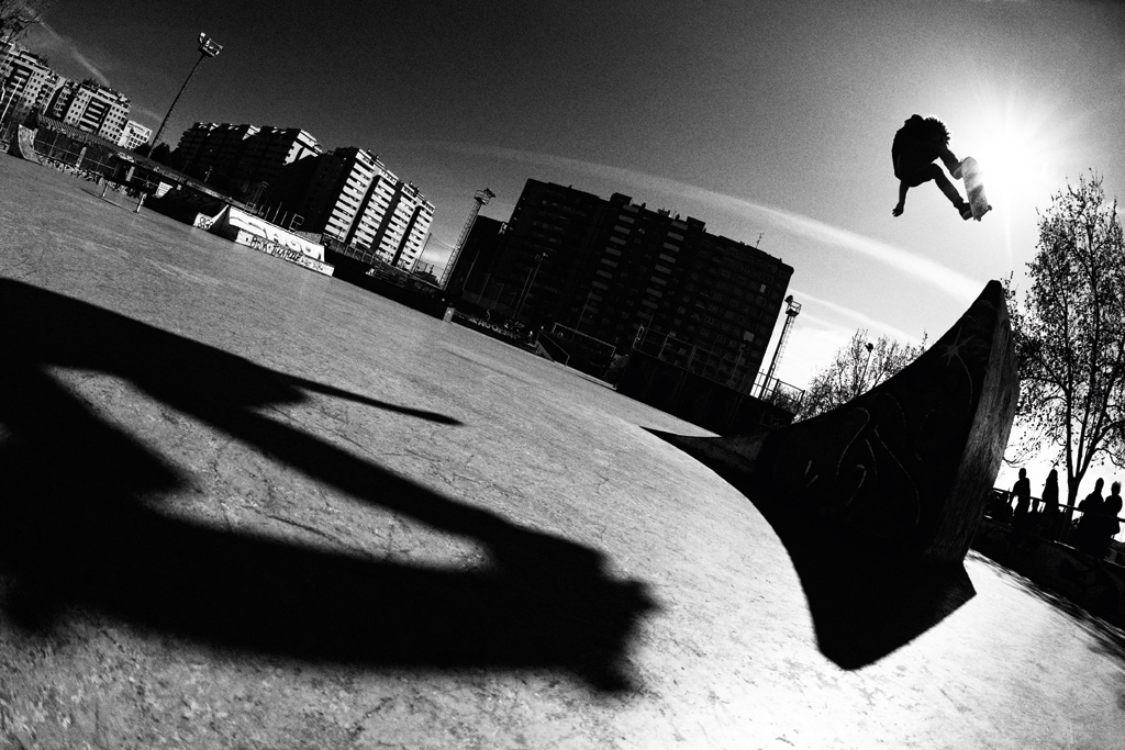 Nassim_Guammaz_Fr_Ollie_Sharpened_AdobeRGB_0789_B&W_NEW