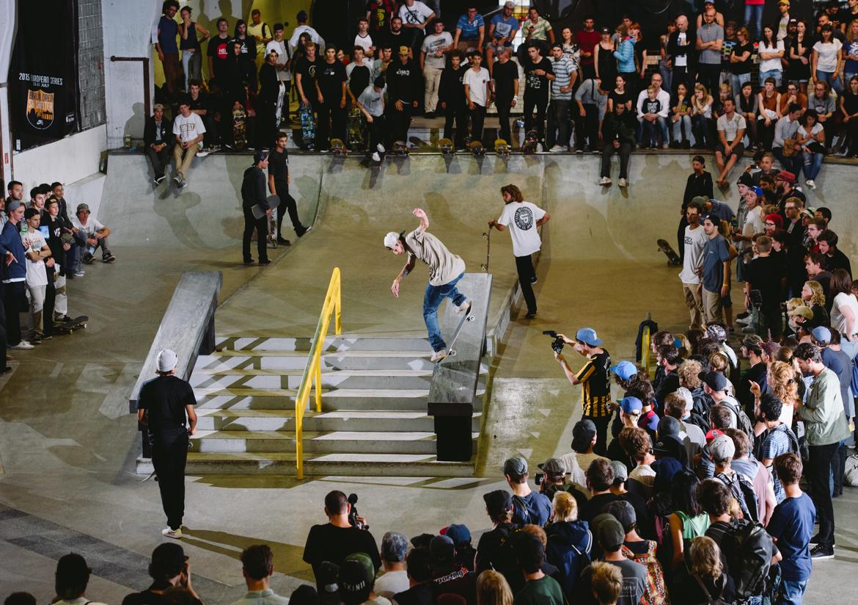 _IHC2622-Neverton-Casella-Kickflip-Bs-Noseblunt-Nike-SB-Berlin-Open-Day-2-July-2015-Photographer-Maksim-Kalanep