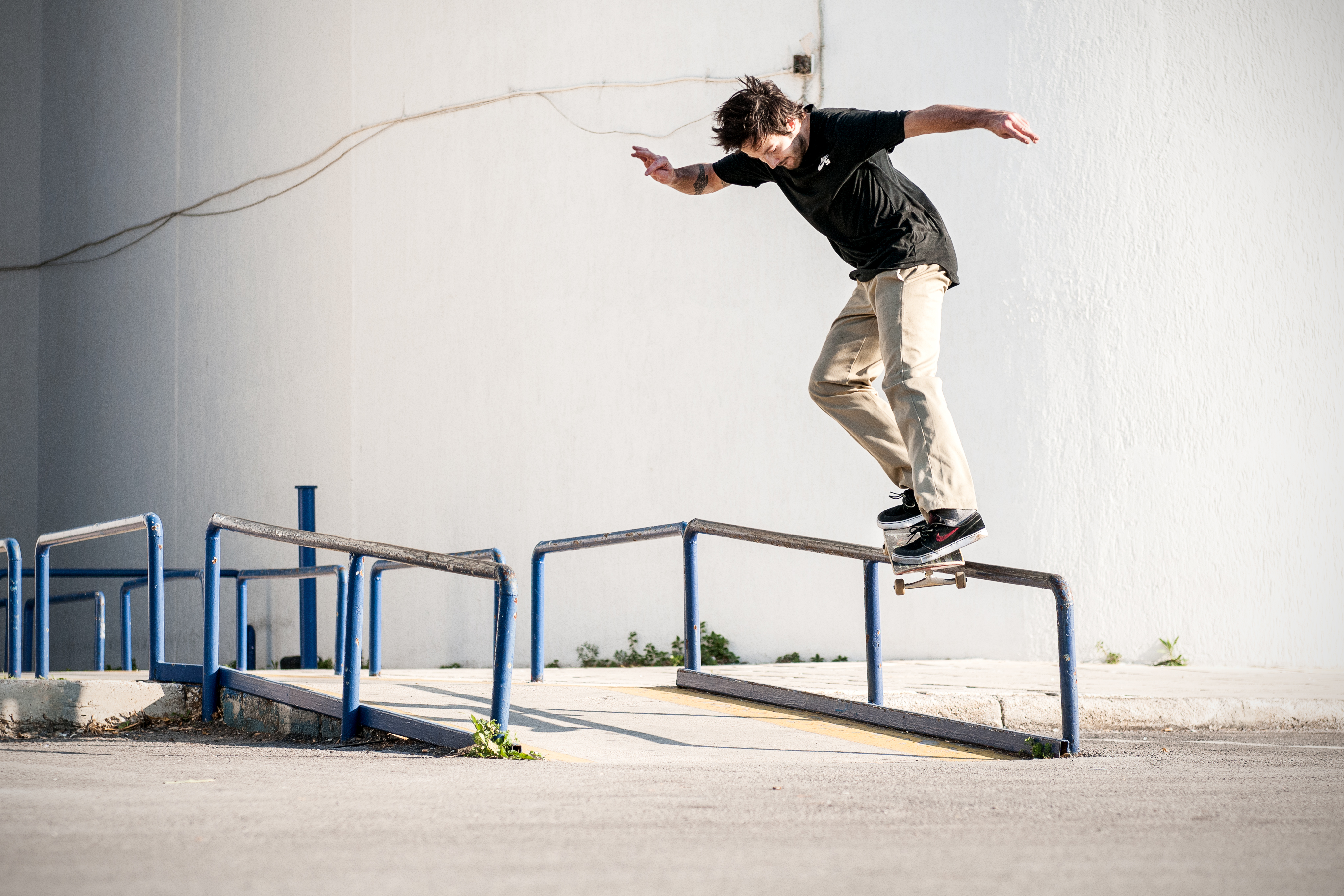Favorite Skateboard Comany presents DAGGERS_Mario Ungerer_Sw Bs Smithgrind