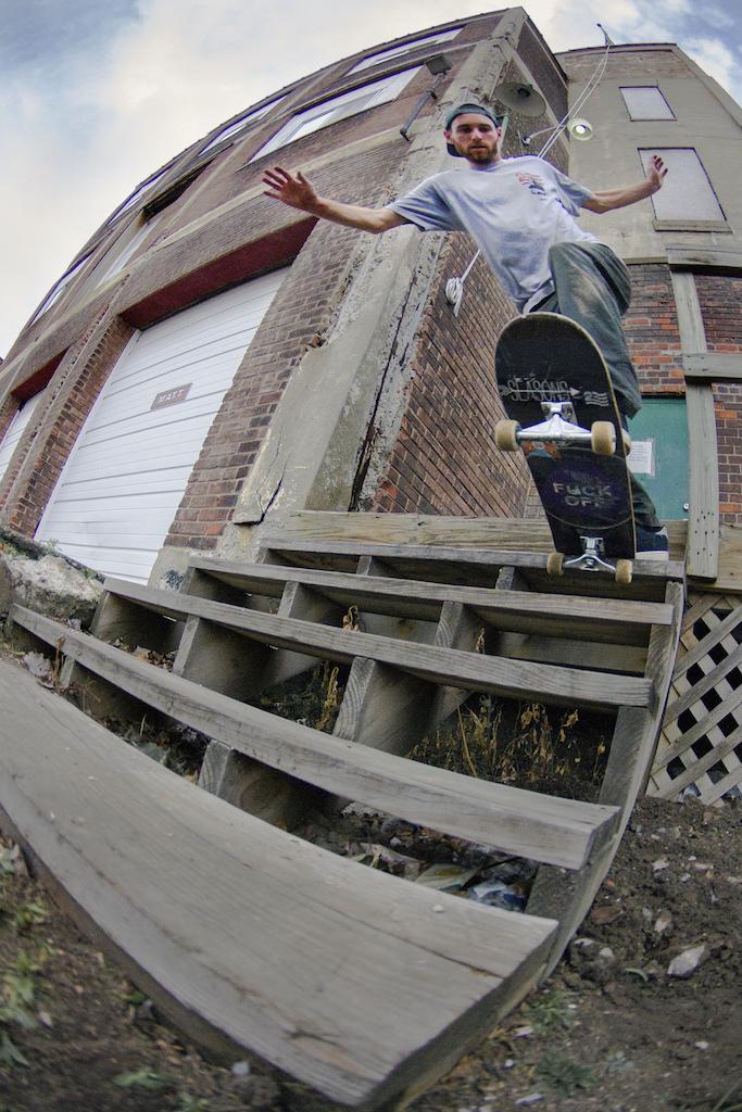 HarrisonHafner-bstailslide-Detroit-neu